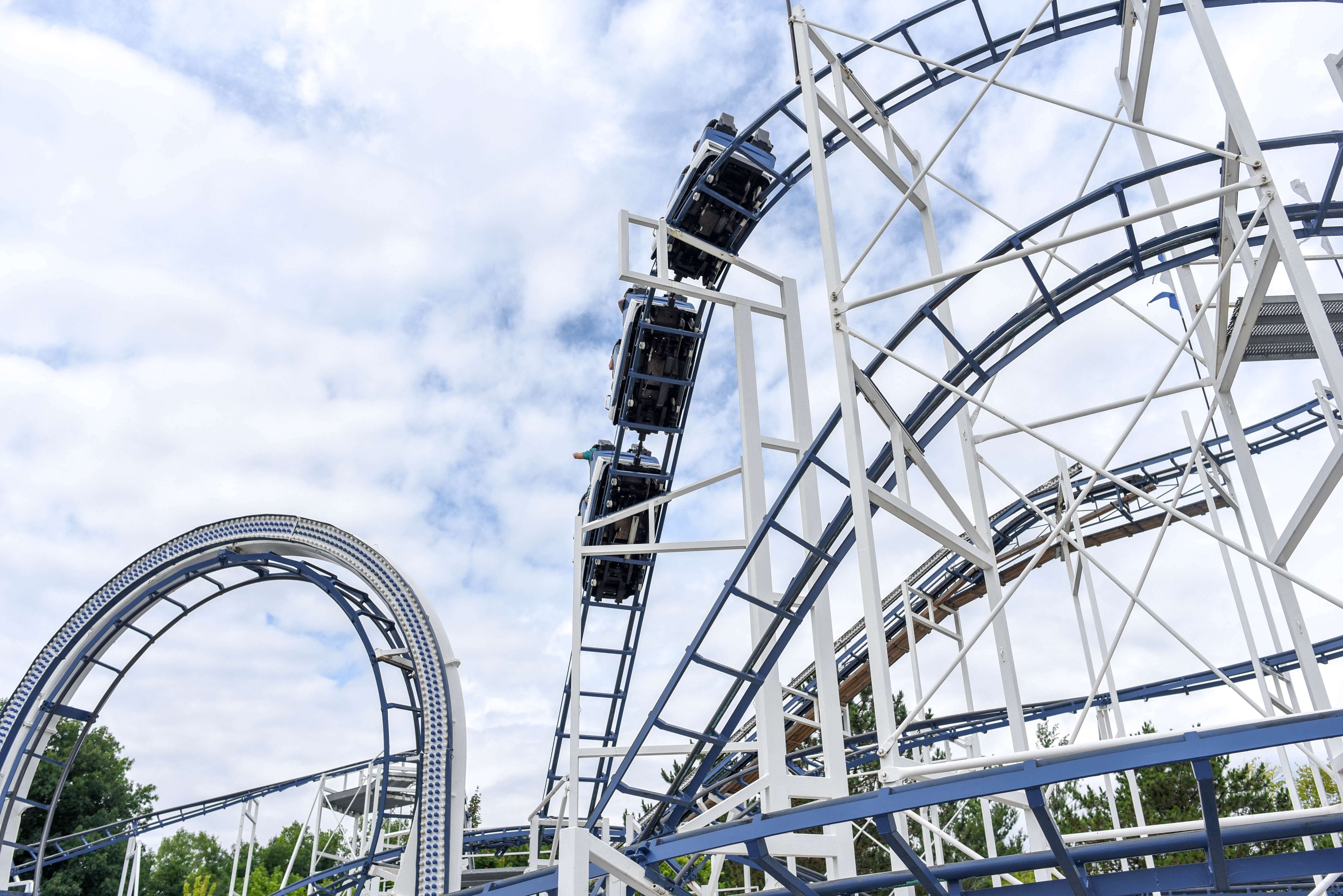 roller coster, amusment park, activities for last days of summer